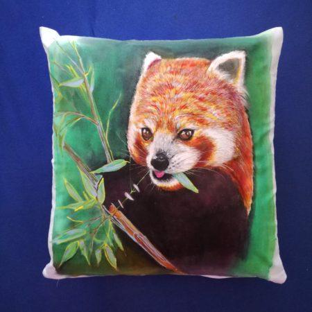 Panda červená – povlak na polštářek 40×40 cm